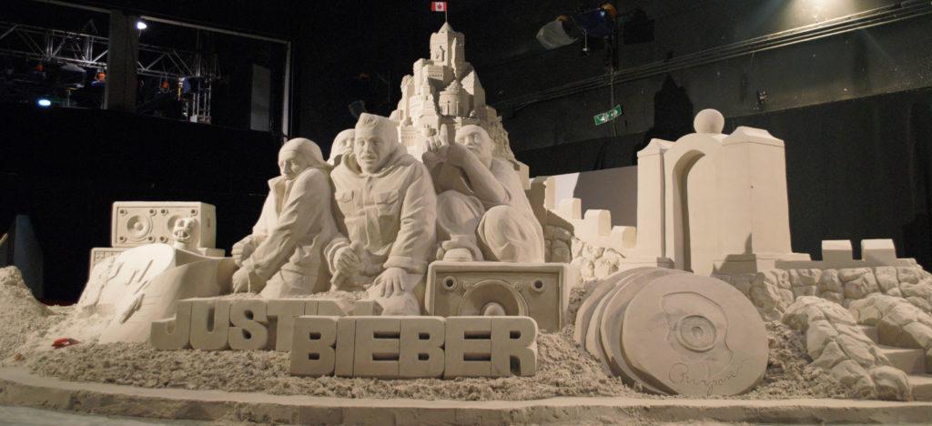 Socha z písku Justin Bieber